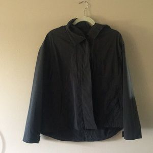 NWOT Aritzia Rain poncho jacket. The Group BABATON